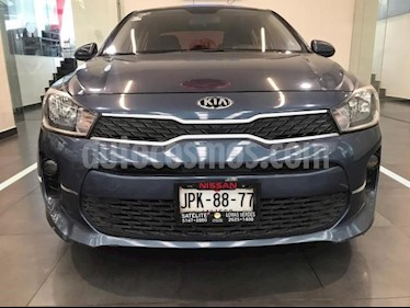 Kia Rio Sedan 4P LX AT A/AC. VE RA-15 usado (2018) color Azul precio $219,900