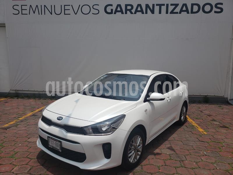 Kia Rio Sedan L Aut usado (2019) color Blanco precio $219,900