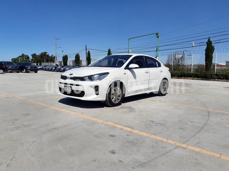 Kia Rio Sedan L usado (2018) color Blanco precio $174,000