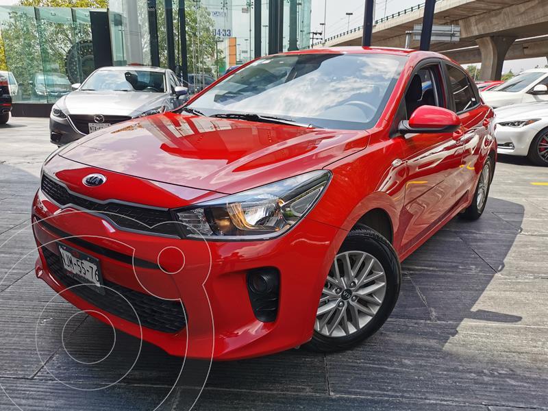Foto Kia Rio Sedan LX Aut usado (2020) color Rojo precio $270,000