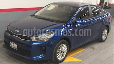 Kia Rio Sedan 4P LX AT A/AC. VE RA-15 usado (2018) color Azul precio $219,000