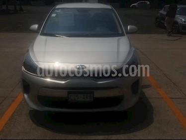 Kia Rio Sedan LX Aut usado (2018) color Plata precio $206,000