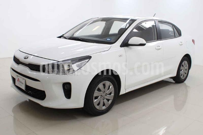 Kia Rio Sedan L Aut usado (2019) color Blanco precio $189,000