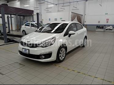 Kia Rio Sedan 4P LX L4/1.6 MAN usado (2017) color Blanco precio $185,000