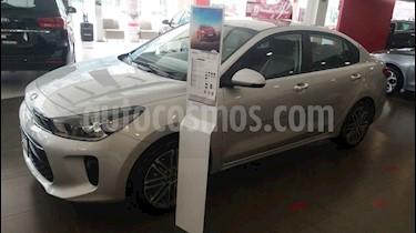 Kia Rio Sedan EX Aut usado (2020) color Plata precio $304,900