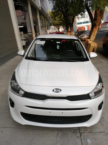Kia Rio Sedan LX usado (2020) color Blanco precio $270,000