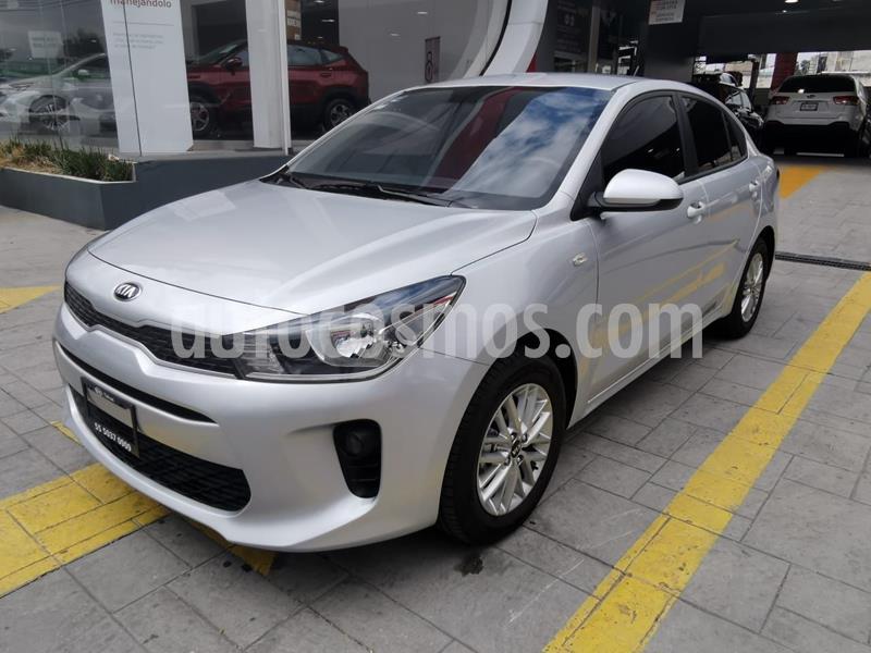 Kia Rio Sedan LX usado (2020) color Plata Dorado precio $230,000