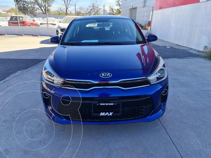 Foto Kia Rio Sedan EX usado (2020) color Azul precio $284,000