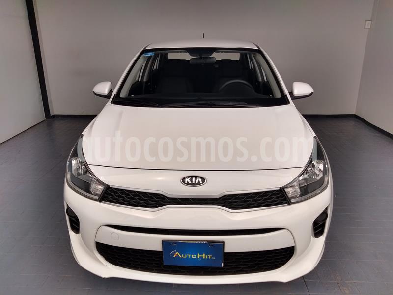 Foto Kia Rio Sedan EX Aut usado (2018) color Blanco precio $224,700