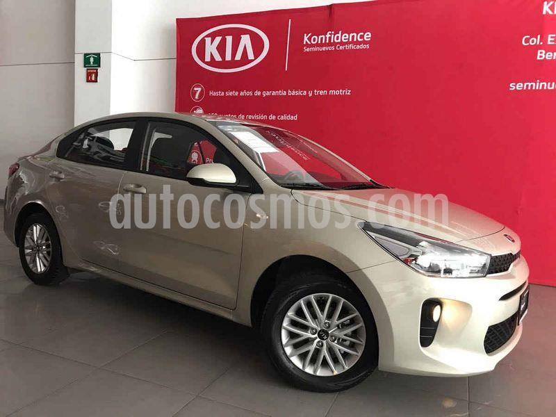 Kia Rio Sedan LX Aut usado (2020) color Bronce precio $255,000