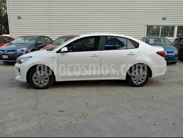 Kia Rio Sedan LX Aut usado (2020) color Blanco precio $225,000