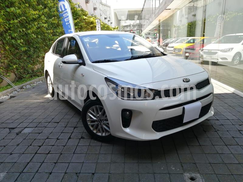 Kia Rio Sedan LX usado (2020) color Blanco precio $225,000