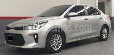 Kia Rio Sedan 5P HB LX TM6 VE F. NIEBLA RA-15 usado (2018) color Plata precio $209,000