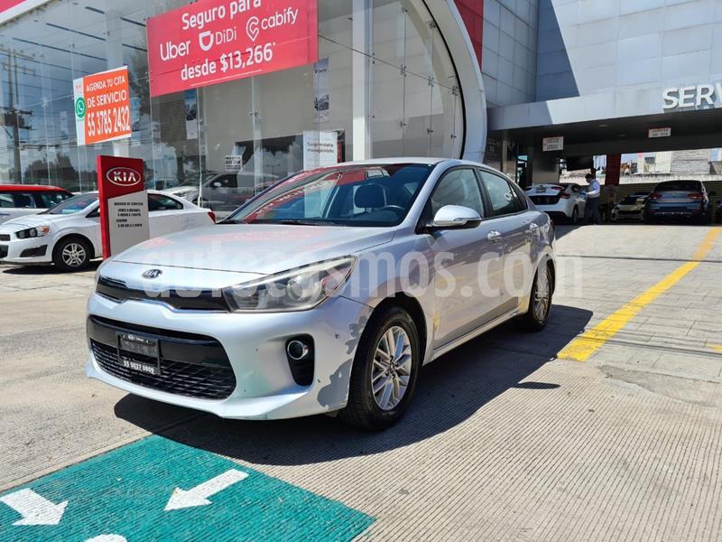 Kia Rio Sedan EX Aut usado (2019) color Plata Dorado precio $248,000