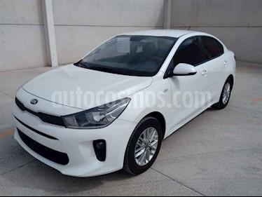 Kia Rio Sedan LX usado (2019) color Blanco precio $210,000