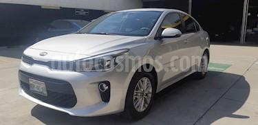Kia Rio Sedan EX usado (2018) color Plata precio $225,000