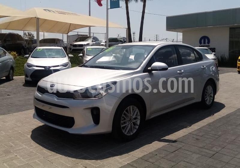 Kia Rio Sedan EX Aut usado (2018) color Plata Dorado precio $228,000