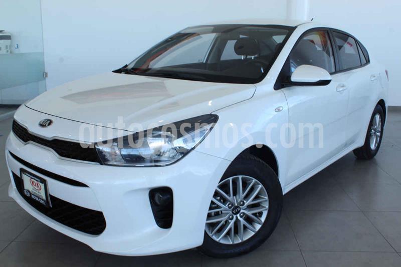 Kia Rio Sedan LX usado (2018) color Blanco precio $195,000