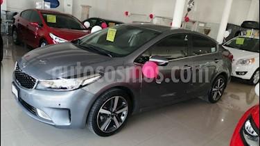 Kia Rio Sedan LX Aut usado (2017) color Gris precio $260,000