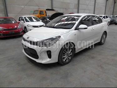 Kia Rio Sedan LX usado (2019) color Blanco precio $90,000