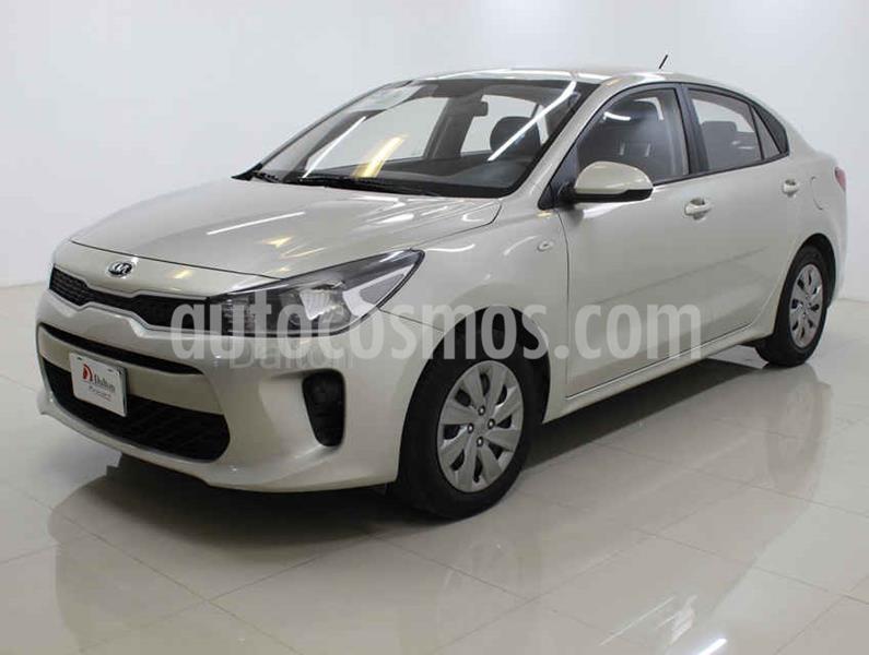 Kia Rio Sedan L Aut usado (2019) color Dorado precio $189,000