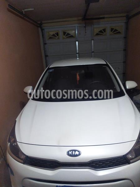 Kia Rio Sedan LX Aut usado (2020) color Blanco Glaciar precio $219,540