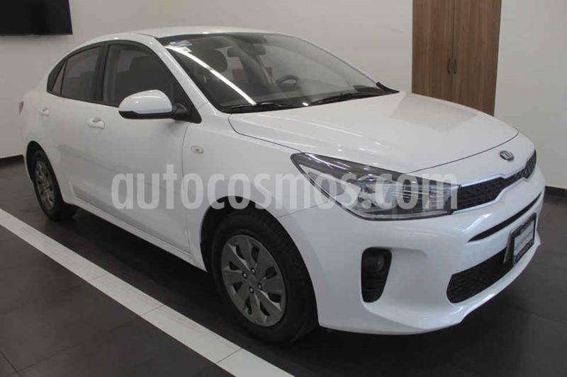 Kia Rio Sedan LX Aut usado (2019) color Blanco precio $210,000