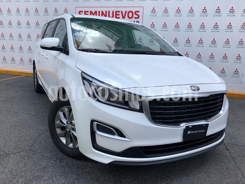 Kia Sedona LX usado (2020) color Blanco Nieve precio $448,000