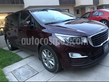 Kia Sedona EX usado (2019) color Rojo Metalizado precio $440,000