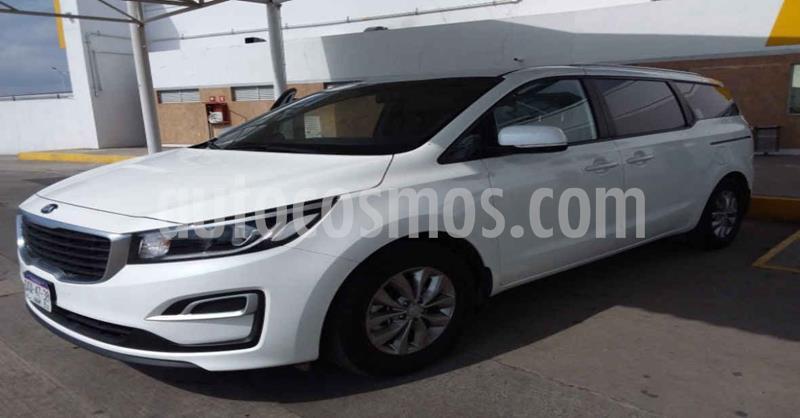 Kia Sedona LX usado (2020) color Blanco precio $469,900