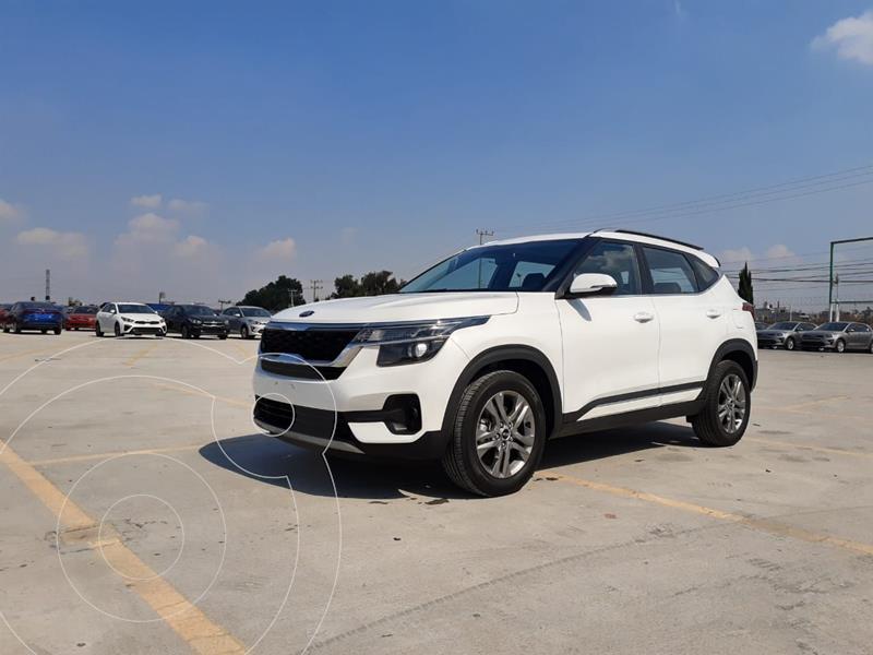 Kia Seltos EX PACK Aut usado (2020) color Blanco precio $384,900