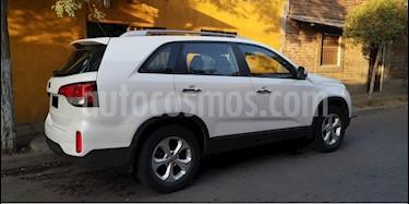 Kia Sorento C 2.4L EX GSL 4x2 Aut 6AB  usado (2014) color Blanco Nieve precio $9.800.000
