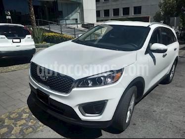 Foto venta Auto usado Kia Sorento 2.4L LX 5 Pas (2018) color Blanco precio $369,900