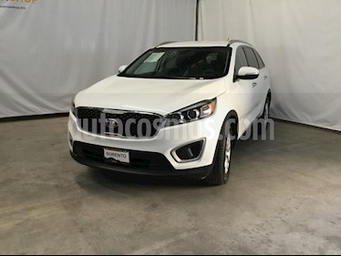Foto venta Auto usado Kia Sorento 2.4L LX 5 Pas (2018) color Blanco precio $314,900