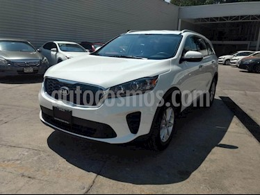 Foto venta Auto usado Kia Sorento 2.4L LX 5 Pas (2019) color Blanco precio $440,000