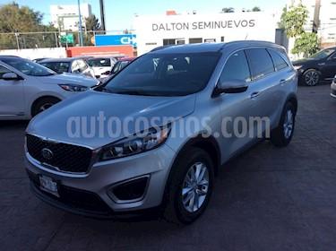 Foto venta Auto usado Kia Sorento 2.4L LX 5 Pas (2018) color Plata precio $389,000