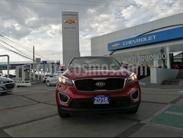 Foto venta Auto usado Kia Sorento 2.4L LX 5 Pas (2018) color Rojo precio $359,000