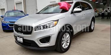 Foto venta Auto usado Kia Sorento 2.4L LX (2018) color Plata Brillante precio $385,000