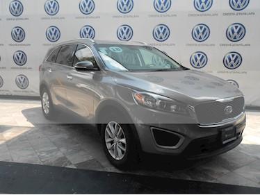 Foto venta Auto usado Kia Sorento 2.4L LX (2018) color Plata Titanium precio $379,000