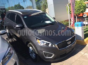 Foto venta Auto usado Kia Sorento 2.4L LX (2018) color Gris precio $389,000