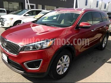 Foto venta Auto Seminuevo Kia Sorento 2.4L LX (2018) color Rojo precio $369,000
