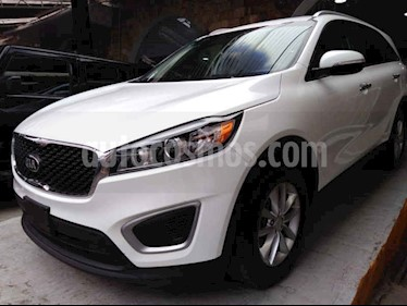 Foto venta Auto usado Kia Sorento 2.4L LX (2018) color Blanco precio $299,000