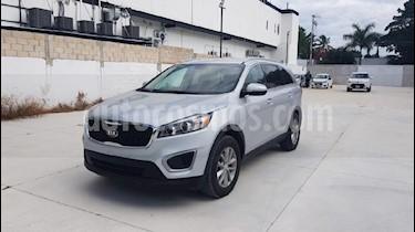 Foto venta Auto usado Kia Sorento 2.4L LX (2018) color Plata precio $314,900