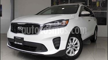 Foto venta Auto usado Kia Sorento 2.4L LX (2019) color Blanco precio $390,000