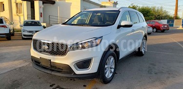 Foto venta Auto usado Kia Sorento 2.4L LX (2018) color Blanco precio $299,900