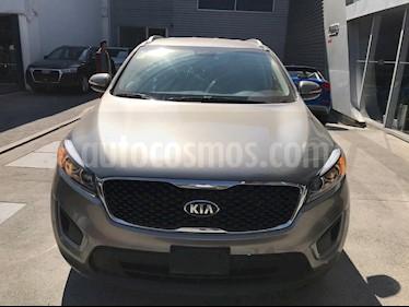 Foto venta Auto usado Kia Sorento 2.4L LX (2018) color Gris precio $330,000