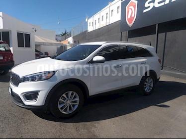 Foto venta Auto usado Kia Sorento 2.4L LX (2018) color Blanco precio $389,000