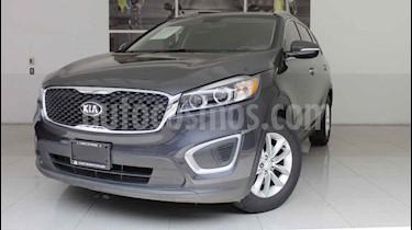 Foto venta Auto usado Kia Sorento 2.4L LX (2016) color Blanco precio $290,000