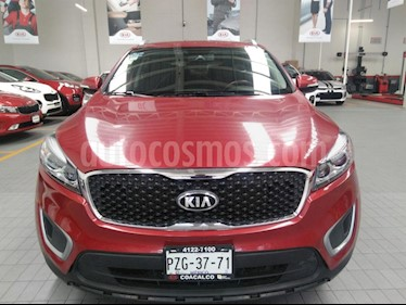 Foto venta Auto usado Kia Sorento 2.4L LX (2017) color Rojo precio $349,000