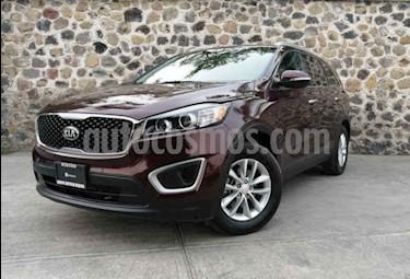 Foto venta Auto usado Kia Sorento 2.4L LX (2018) color Marron precio $355,000